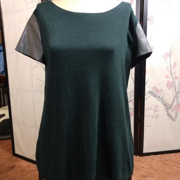 Zara Tops - Zara knit zipper down top pleather sleeves Medium